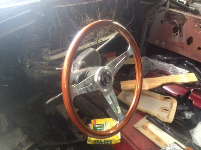 Silver Cloud steering wheel by Nardi