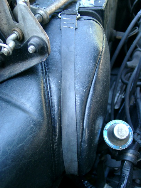 Strap Holding Duct