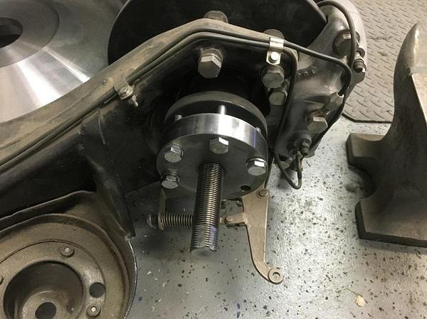 Lobro hub puller3